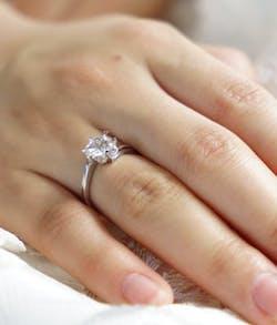 Was beachten Verlobungsring?