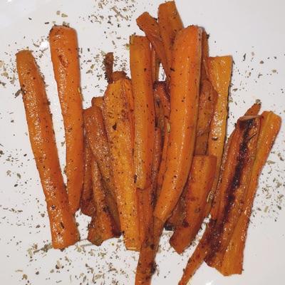 Moehrenpommes in Rezept für Karottenpommes mit zwei Dips