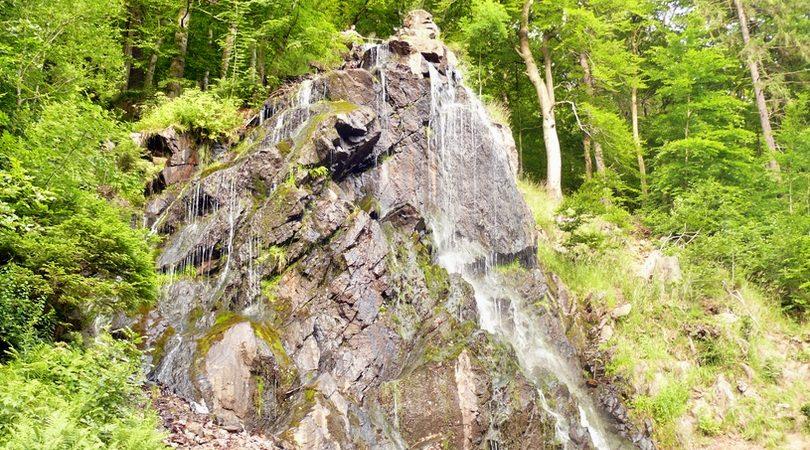 Der Radau-Wasserfall liegt zwischen Bad Harzburg und Torfhaus.