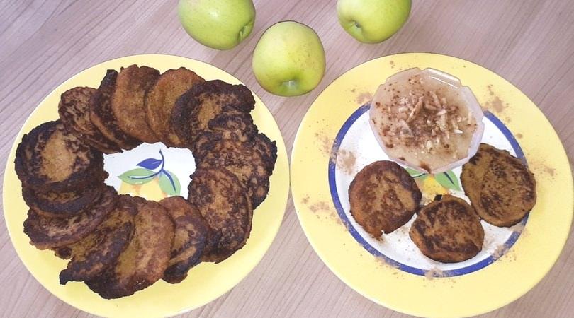 Rezept für gesunde vegane Möhrenpuffer mit Apfelpüree