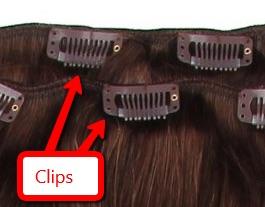 Clip-in-extension Detail in Clip-in-Extensions – Haarverlängerungen in Minuten angebracht