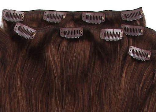 Clip-in-extensions-ansicht in Clip-in-Extensions – Haarverlängerungen in Minuten angebracht