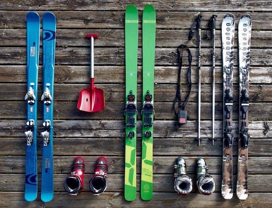 Skiausrüstung Wintersport