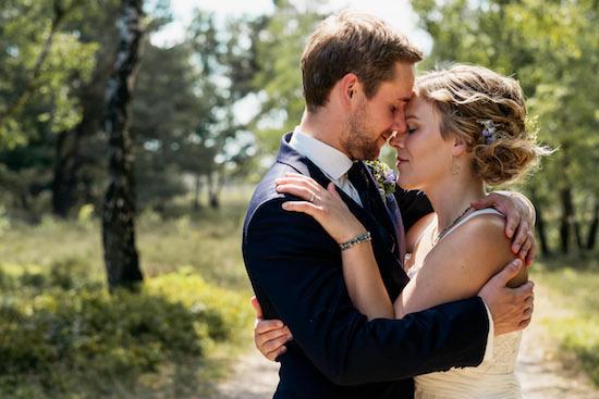 Hochzeitsfotos in Hochzeitsfotos: Darum macht es Sinn einen Profi zu beauftragen