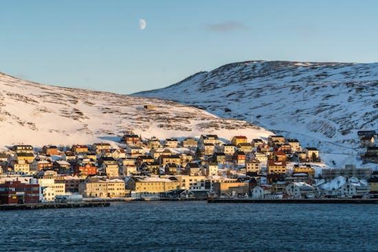in Norwegen: Urlaub im Land der Nordlichter und Fjorde