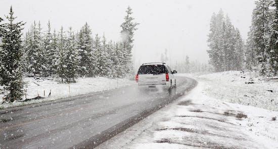 Autoreise im Winter